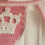 Free crochet crown applique pattern