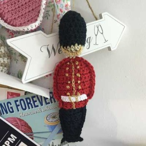 free crochet guardsman pattern