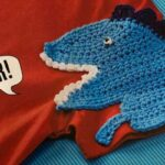 Dinosaur applique crochet pattern